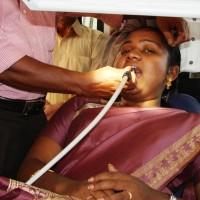 Zahnarztpraxis auf Rädern